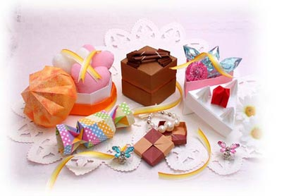 トーヨー 小物入れ折り紙(15.0 ... : 折り紙で箱の折り方 : 折り方